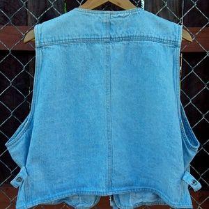 Baccini Jackets & Coats - Vintage Baccini Light Blue Denim Vest with Pockets
